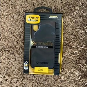 Sleek protection iPhone X/XS Otter-box case